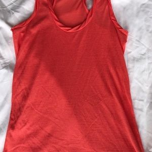 OLD NAVY CORAL TWISTED DETAIL TANK TOP!!!!